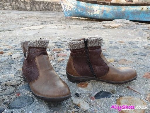 Aco, Dora 21, Brown (size UK 4 only)