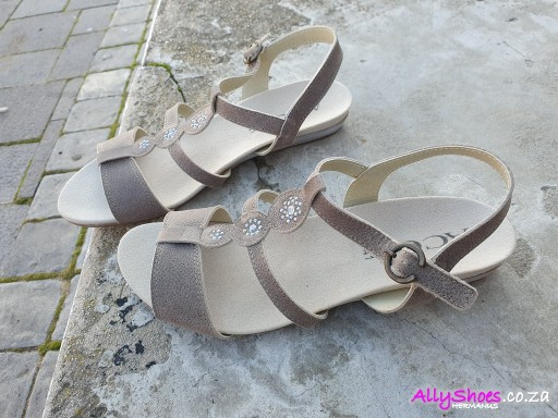 Aco, Mina 03, Taupe (size UK 8 only)