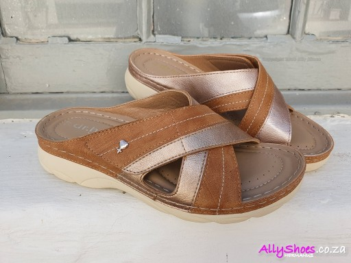 Dr Hart, Liana, Tan (size UK 6 only)