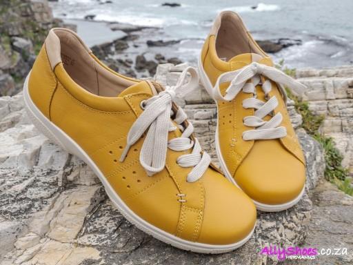 Hotter, Fearne II, Yellow