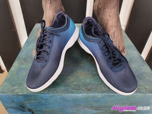 Skechers, Cosmic 14346, Navy Teal (size UK 3 only)