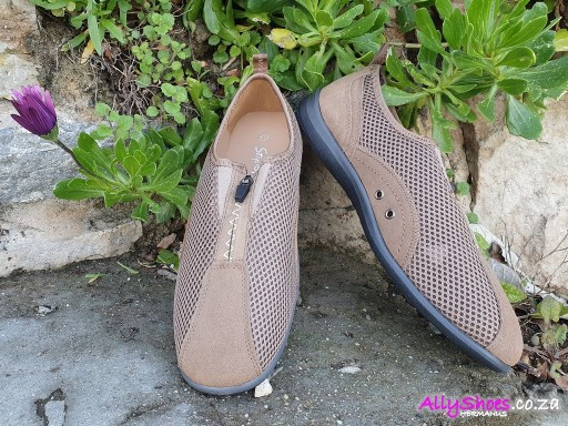 Step on Airs, Clara-Ann, Taupe (size UK 8 only)